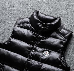 Alta calidad MO chaleco de los hombres con capucha caliente abajo chaleco blanco pato edredón chaquetas sin mangas para hombre del sombrero de tuberías chaleco