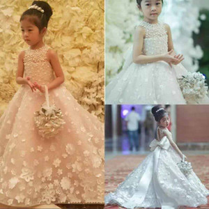 Niedliche Spaghetti handgemachte Blumenmädchen Kleider Bogen Gürtel Perlen Prinzessin Kinder bodenlangen Brautjungfer Kleid Mädchen Pageant Ballkleid