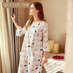 Qianxiu 2020 neuer Stil für Frauen-feste 95% Baumwolle Bequeme Nachthemd für Mädchen Nachthemd Frühjahr 18148