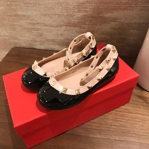 Leather shoes children's fashion brand leather shoes sandals girls high quality rivet hollow sandals