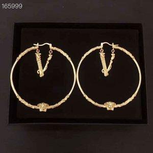 El nuevo diseñador-venta caliente pendientes de aro de lujo y joyería pendientes de las mujeres