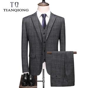 TIAN QIONG Marque d'affaires Plaid Costumes Hommes Slim Fit 3 pièces Costumes de mariage Hommes Tenue Bleu Noir Gris foncé Suit Man S-4XL