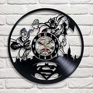 Süpermen VS Batman Sanat Vinil Duvar Saati Hediye Oda Modern Ev Kaydı Vintage Dekorasyon El Yapımı Sanat Kişilik Hediye (Boyut: 12 inç, Col