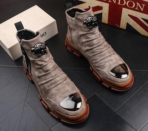 Designer Luxury British Men Trendy Rock Punk Hight Top Casual Flats Metallplatte Schuhe Männliche Party Mokassins Sapato Social Masculino Schuhe