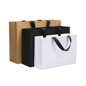 High quality Balck White kraft paper bag with handle wedding party bag Fashionable cloth shoes gift paper bags Wholesale LX2976