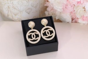 Stud round earring with pearl for women wedding Earrings Fashion jewlery gift free shipping PS5647A