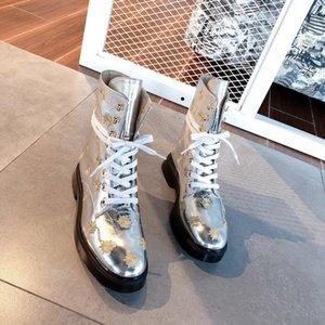 Hot Sale-Designer Frauen Schuhe Mode britischen Boots-runde Zehe Martin Stiefel Runde Zehe-Mode Gestickte Ankle Boots Sun Blume Booties
