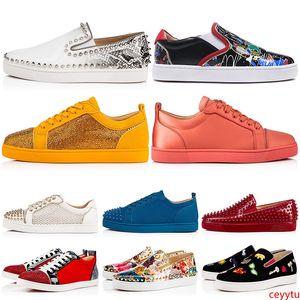 New Designer Marca Spikes Studded planas Sapatos casuais Baixo Mulheres Homens Cut s Sneakers Rebites Outdoor 35-47