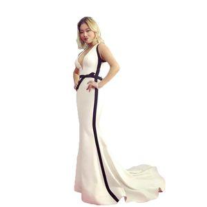 Plunging V Mermaid Evening Dresses Ivory Black Design Bodycon Women's Formal Party Carpet Slim Gown Designer Celebrity Robe De Soiree