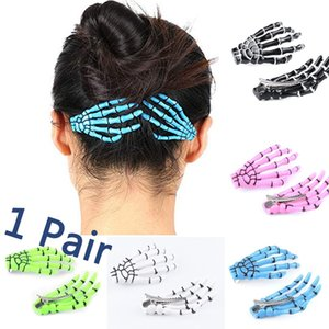 1 Pair Fashion Hairpin Gripper Ghost Skeleton Hair Clips Hairclips with Skull Hand Bone for Women Lady Black