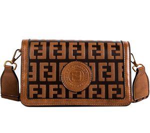Mulheres Evening Bag Vintage Design Carta ombro largo Straps Fashion Girl Flap Bag Mulheres Crossbody festa da alta qualidade