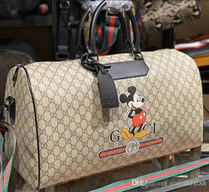 2020 Qualidade moda Homens Mickey and Women Travel Bag grande bagagem de mão saco de embreagem saco de desporto Tamanho 50.18.27