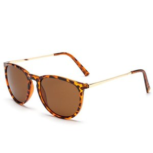 2020 Nueva Erika clásico gafas de sol de las mujeres marca de diseño Espejo ojo de gato gafas de sol estilo de la estrella Rayos Protección Gafas de sol UV400