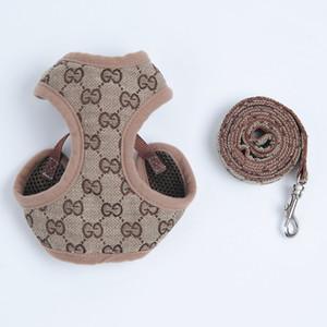 Ajustável Harnesses Pet trelas Terno Leash Collar peluche bonito Outdoor Dog Pet Arreios clássico Moda Padrão cão pequeno Acessórios Collar