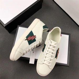 En Kaliteli Lüks işlemeli çizgili Tasarımcı Ayakkabı Çeşitli Stilleri Konfor Mens Womens ACE beyaz Hakiki Deri Sneakers Rahat Ayakkabılar m6
