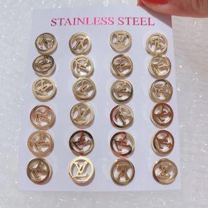Pendientes de acero titanium femenino temperamento coreano personalidad salvaje carta oreja accesorios de joyería simple pendiente de moda japonesa y coreana