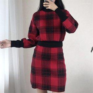 مصمم 2PCS فساتين أزياء خمر نصب منصة كم طويل التنورة القصيرة النسائية 2PCS فساتين سترة الإناث الملابس منقوشة طبع إمرأة