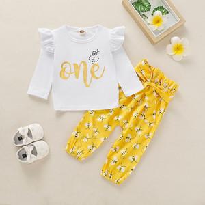 0-24M Yenidoğan Bebek Kız 1 Doğum Kıyafet Giyim Harf T Shirt Çiçekler Pantolonlar Tozluklar Seti Setleri