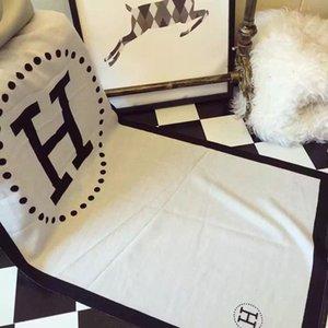 1pcs Kaschmir Schal H Buchstaben Stil Schal für Männer und Frauen Winter wärmer schwarz weiß Doppelseite Luxus Schal