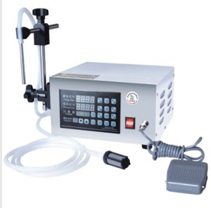 LT-130 Acqua Bibita riempimento liquidi Machine Control Digital Water olio di profumo di latte imbottigliatrice