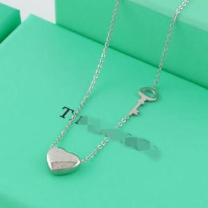 2020 New Fashion g Necklace Luxury designer key Gold Silver heart Pendants Short Long Women brand Gift Jewelry Choker horse