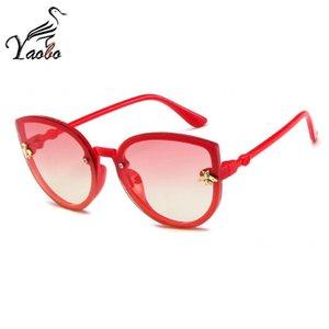 Crianças Sunglasses Bebés Meninas Princesa Olhos de gato bonito Sun Óculos Rosa Vermelho Preto Gradiente moda Eyewear Crianças 2-9 velho