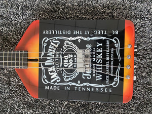 Custom Shop 4 Strings Michael Anthony Van Helen Chickenjackdaniels Whiskey Schwarz E-Bass Schwarz Hardware, Tremolo Tailpiece