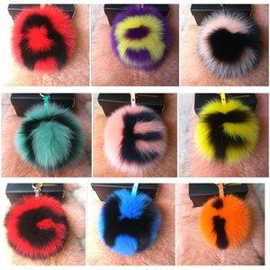 15cm réel fourrure de renard Pompon porte-clés Charm Lettre Chains Fluffy fourrure boule clés pour les femmes sac à main bijou de sac pendentif anneau porte-clés