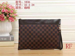 Tasarımcı yeni moda erkek ve kadın kişilik harfler büyük kapasiteli küçük kare çanta kozmetik çantası poşetin 09