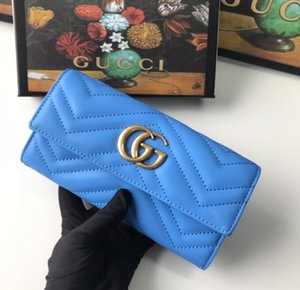 In 2021, the factory sells fashionable women's bags, wallets, personalized card bags and men's wallet CARDS.AA10