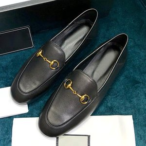 Ms. high quality sandals flat shoes, genuine leather loafers, fashion designer ladies sandals wedding dress shoes with original box QWj