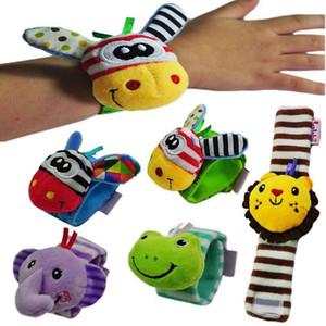Giocattolo del bambino Jungle crepitio del polso per il bambino infantili Incoraggiare Immaginazione peluche Sonagli da polso del giocattolo del bambino Cinghia da polso