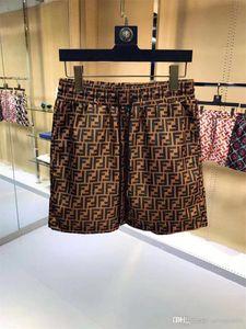 Pantalones 19SS mayor del verano forman los cortocircuitos nuevo diseñador de la tabla corta de secado rápido traje de baño de impresión de cartón playa de los hombres pone en cortocircuito para hombre M-3XL
