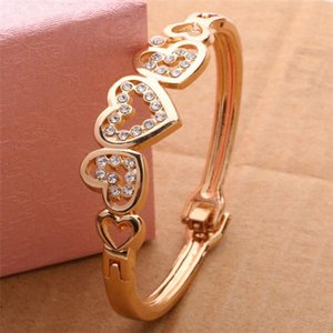 Fashion Women Lady Gold Plated Crystal Cuff Bangle Love Heart Charm Bracelet New