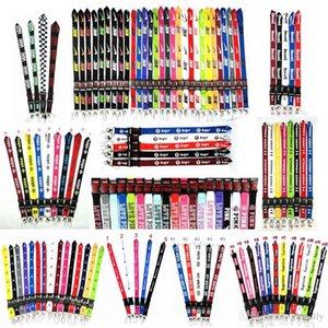 2020 all'ingrosso nuovi più di 100 stili cordino nero / blu / bianco 20 colori disponibili Strap per tutti i telefoni cellulari vendita calda String Neck Strap