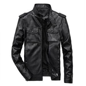 Parte Superior Masculina Tamaño Mens adelgazan la PU de la motocicleta de cuero ocasionales de la nueva manera Escudo Plus capas de las chaquetas del collar del soporte