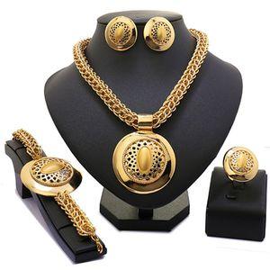 Longqu Großhandel 2019 Exquisite Dubai Gold-Schmuck-Set groß Nigerian Hochzeit Frau Kostüm-Schmuck-Set Afrikanische Perlen
