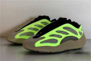 With Box 700 V3 Azael Basf Running Shoes 3M Reflective Mens Women Designer Kanye West Athleticyezzysyezzyboost350v2