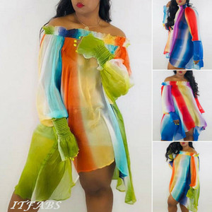 Arc-en-rayé Sexy Party Robes Femmes Slash Neck Bishop manches en vrac Haut Bas Hem Robe d'été Off Robe asymétrique à volants Mini