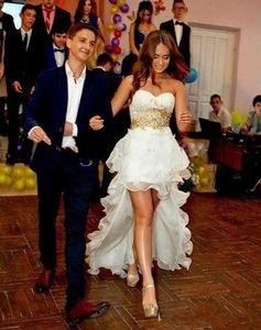 2020 Sexy baratos Curto País de vestidos linha do casamento do querido Principais Contas de Cristal High Low Organza Ruffles Tiered vestidos de noiva formais