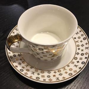 Stile Europeo Catering Bone China Cup Multi-stile semplice piatto di ceramica tazza di caffè con modello di serie con il cucchiaio