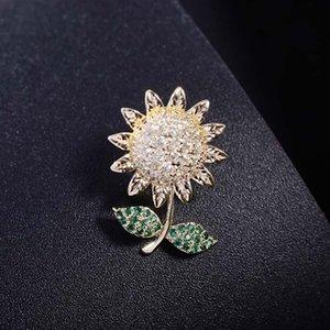 Retro brooch female cuff buckle inlaid zircon sunflower collar pin cute sunflower brooch fashion pin