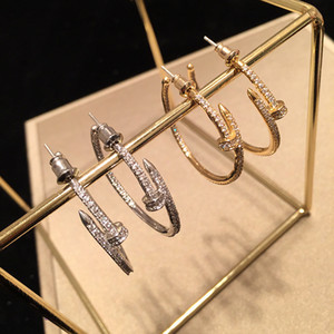 Criativo Designer Mulheres Brinco Night Club Personalidade Lady Studs na moda diamante Shinning Meninas Pendant Studs Jóias