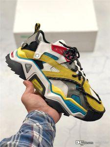 2019 O novo FW Retro Triple S Sneaker Mens Fashion Original 3M reflexivo cadarço Mens Womens Casual Shoes Tamanho 36-45