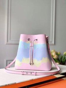 ESCALE NEONOE MM Tie Dye Sac seau pour sac de cordon léger pour femmes avec une bandoulière amovible pour un report de l'épaule ou le contre-corps