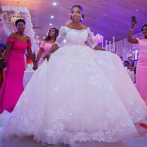 African Ball Gown Wedding Dress 2020 Off the Shoulder Half Long Sleeve Elegant Lace Wedding Gowns robes de mariée