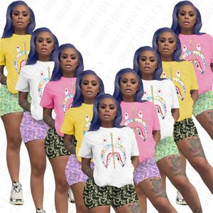 Mulheres Designer Camiseta + Shorts duas peças Outfit Marca Treino Design Tubarão T-shirts Basculadores Sets Sportswear roupas tamanho HOT D52502