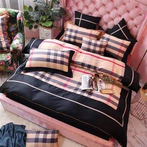 격자 줄무늬 디자인 침구 정장 이불 커버 시트 베개 4PCS Beding 새로운면 여름 침대 용품 세트