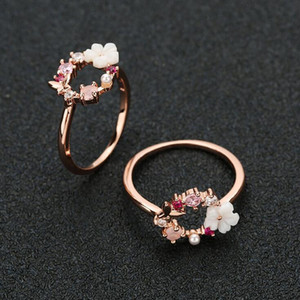 Fashion Creative Butterfly Flowers Crystal Finger Wedding Rings for Women Rose Gold Zircon Glamour Ring Jewelry Girl Gift