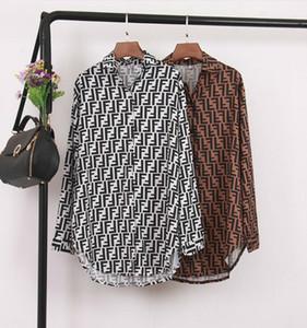 Primavera Europa e América Estilo mulheres letras duplas Impresso blusas de manga longa Sexy moda Loose Irregular camisas Tops Feminino